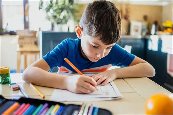 doing-homework-uyga-vazifa-domashnee-zadaniye-230