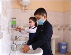 Некоторые школы Ташкента поэтапно переводятся на дистанционное обучение